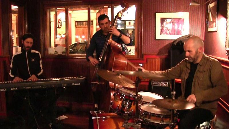 Jacobo de Miguel Trío en directo en el Jazz Café