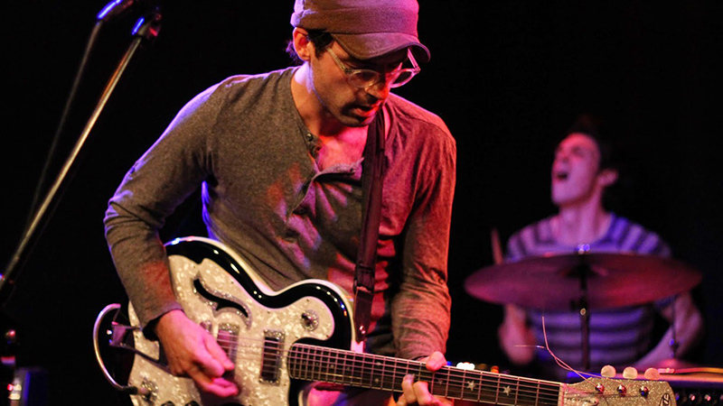 Los americanos Clap Your Hands Say Yeah en directo