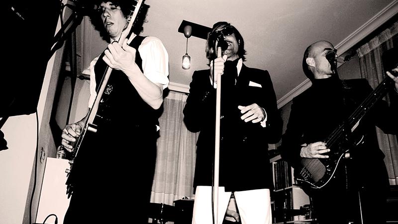 La legendaria banda Los Guajes en directo