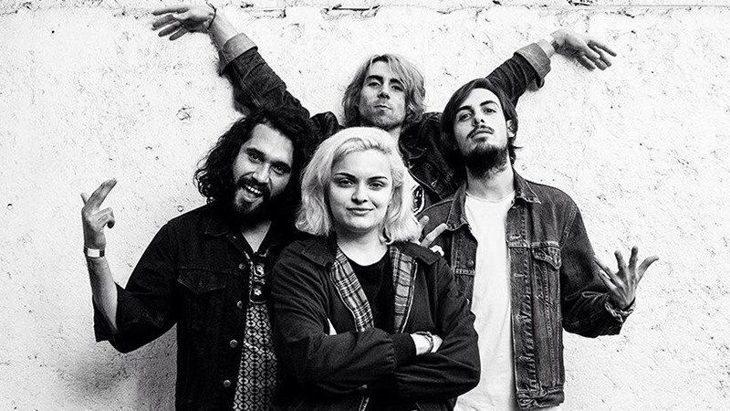 Miembros de la banda Los Nastys