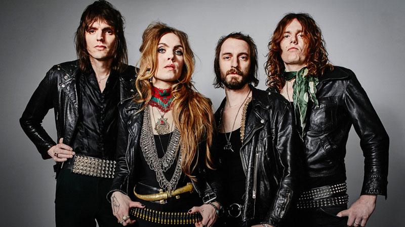 Foto promocional de los miembros de la banda sueca Spiders