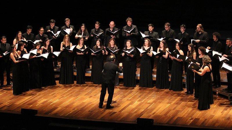 Foto del coro Formación coral El León de oro en directo