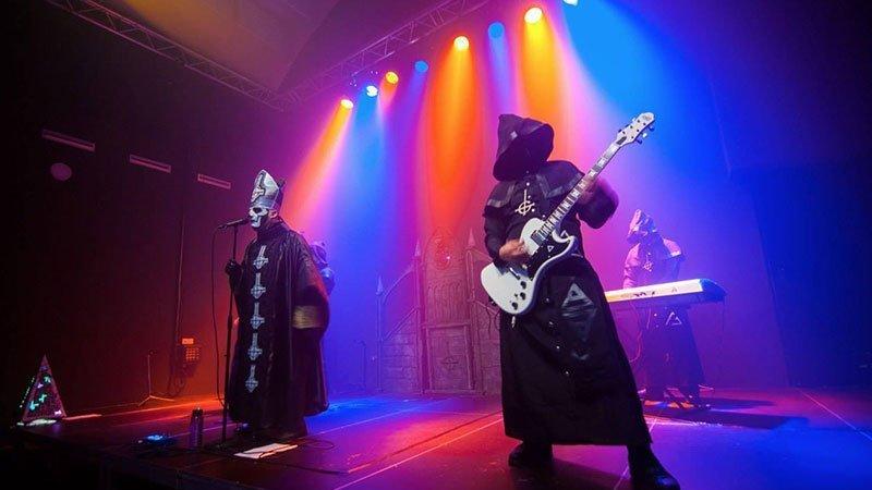 Foto de Ritual, la banda tributo a Ghost en directo