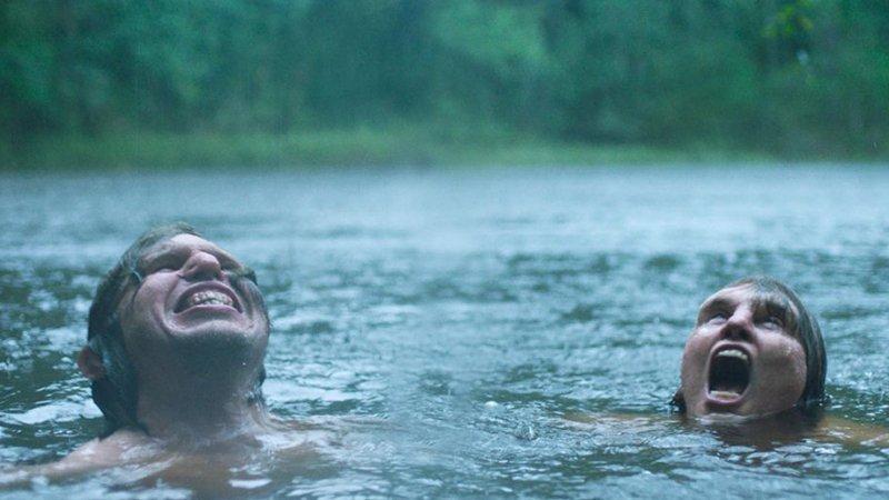 Fotograma de la película Border