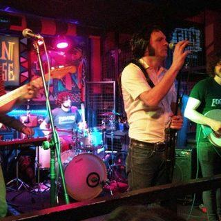 Foto del grupo Los Ignorantes en directo