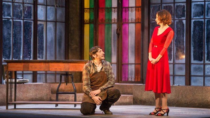 Foto de una escena de la obra de teatro Todas las Noches de un día