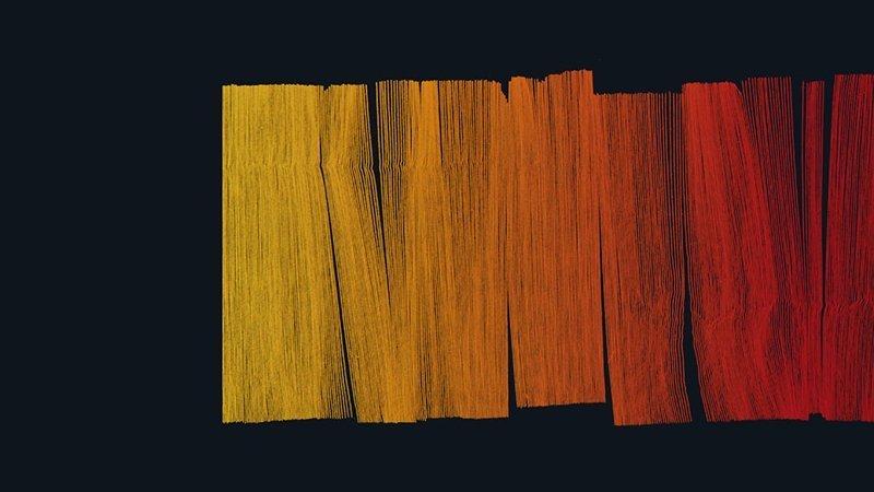 Detalle de la imagen de ALMA Gráfica 2019 en la que se ven trazos verticales de colores amarillos y rojos sobre un fondo azul oscuro
