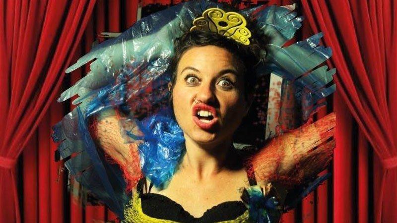 Detalle del cartel de La Sindey Lauper Entreguina en el que vemos a Minerva Álvarez con gesto de overbooking mental.