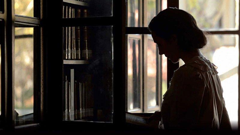 Fotograma del documental Las maestras de la República.