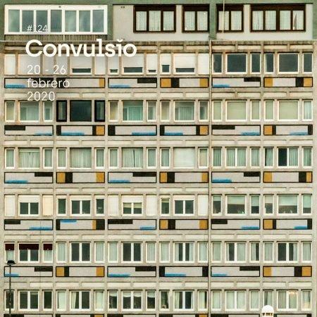 Contraportada de Convulsio con foto de una fachada llena de ventanas haciendo un efecto de cuadrícula muy marcado.